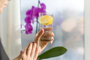 twee-liter-water-drinken